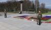 На Пискаревском кладбище почтили память погибших в войну ленинградцев