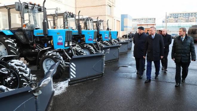 Беглов проверил готовность города к зиме после первого снегопада