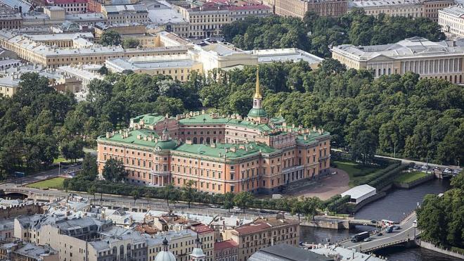 В Михайловском замке пройдет реставрация части интерьера Тронного зала Павла I