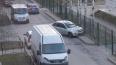 Забор на Матроса Железняка стал местом парковки каршерин...