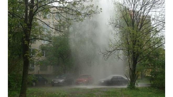 В Невском районе проверяют теплотрассу: может бомбануть!