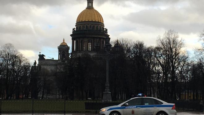 """Полковник внутренней службы назвал позором преступления петербургских """"скинхедов"""""""