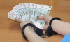 В Петербурге задержали лжепрокурора, вымогавшего деньги у горожан