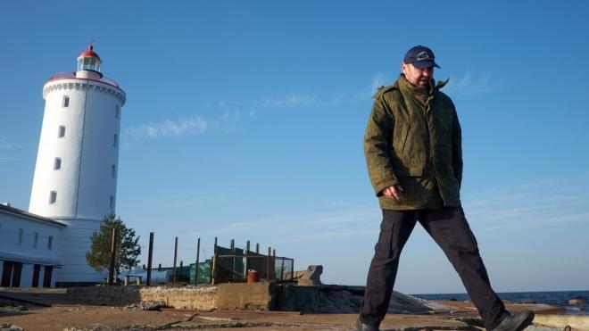 """В Кронштадте вновь открылась вакансия смотрителя маяка """"Толбухин"""""""