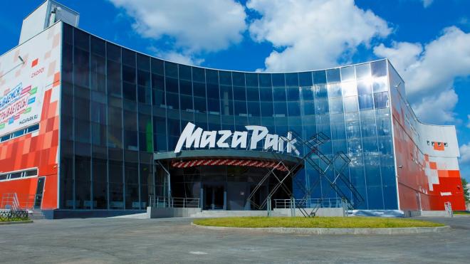"""Из """"MAZA Park"""" на проспекте Просвещения уволили 150 человек: людям не выдали зарплату"""