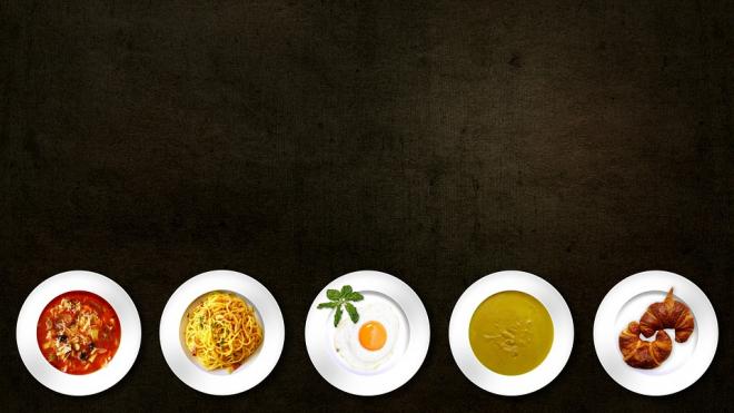 Петербуржцы стали сильнее экономить на еде
