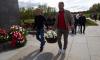 """Футболисты """"Зенита"""" возложили цветы на Пискаревском кладбище"""