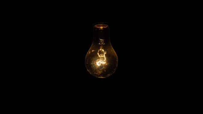 Жители Сестрорецка остались без света из-за аварии