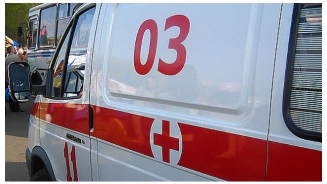 На Полюстровском проспекте в Петербурге грузовик сбил 10-летнего мальчика