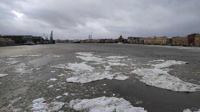 В Петербурге продлили все принятые меры по коронавирусу до 30 апреля