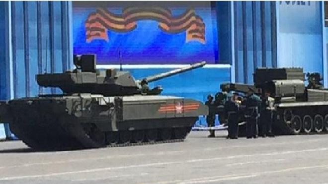 """Россияне удивлены, что новую """"Армату"""" назовут в честь американского фильма """"Терминатор-3"""""""