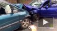 В тройном ДТП на Приморском шоссе пострадали два водител...
