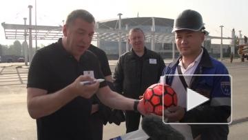 Строители провели первый футбольный матч на «Зенит-Арене