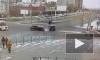 Момент ДТП с Mitsubishi на перекрестке Сизова и Парашютной попал на видео
