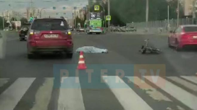 В Приморском районе иномарка насмерть сбила велосипедиста