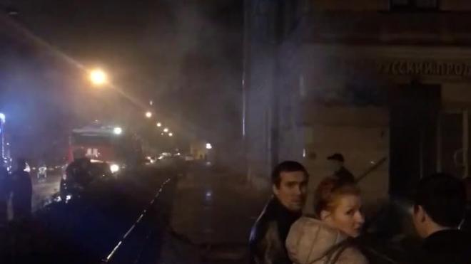 В Петербурге на Мичуринской сожгли магазин и убили продавщицу