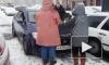 Появилось видео, как в Новом Девяткино мужчина пытался задавить людей