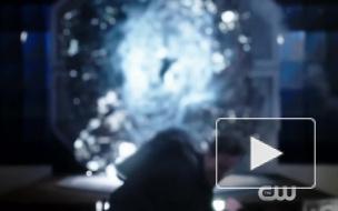 """""""Флэш"""" 3 сезон: 3 серия, Уэллс-2 с Земли и Джесси возвращаются в Централ Сити"""
