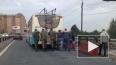 Троллейбус на человеческой тяге: на Кушелевской пассажиры ...
