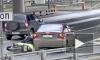 Жесткое видео из Москвы: легковушка подрезала мотоцикл