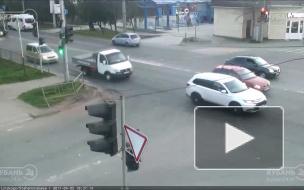 ДТП на ул. Дзержинского и ул. Стахановская.