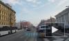 На Аничковом мосту такси столкнулось с легковушкой