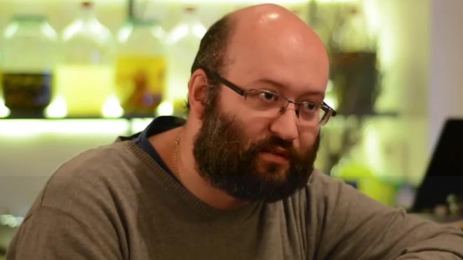 Журналиста Илью Азара оштрафовали на 300 тысяч рублей за шествие 31 августа
