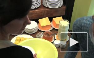 Шеф-повар из Северодвинска приготовил настоящий питерский пончик
