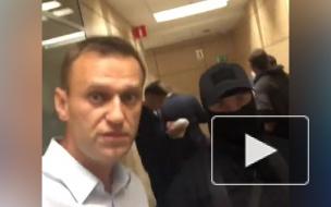 В 43 региональных штабах Навального проходят обыски