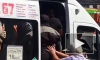 Сильное видео из Ульяновска: Пенсионерка утрамбовала пассажиров в переполненную маршрутку