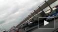 """Страшное ДТП на """"танцующем мосту"""" в Волгограде сняли ..."""