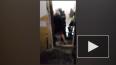 На Мясной спасатели вытащили из квартиры, заполненной ...