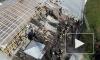 Спасатели сняли тушение пожара на крыше манежа с высоты птичьего полета