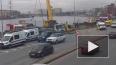 Видео: из Невы достали затонувший утром большегруз