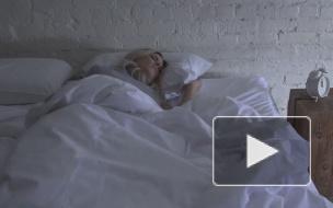 Крымский кардиолог назвал опасные позы для сна