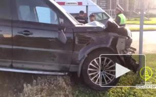 Два человека пострадали в утренней аварии на севере Петербурга