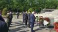 Посол Украины отдельно возложил венки к мемориалу ...