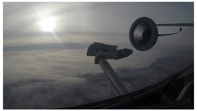 Минобороны опубликовало видео дозаправки в воздухе на скорости 500 км в час
