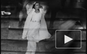 Певица Zivert предстала лысой в новом клипе