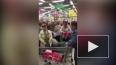 Давка из-за дешевого сахара в супермаркете Екатеринбурга ...
