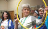 Piter.TV проследил, как петербургские пенсионеры ходят по подиуму и берут оружие