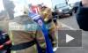 В Кудрово после столкновения поезда с маршруткой спасатели эвакуируют ребенка