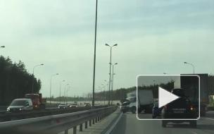 Опубликовано видео с места смертельной аварии на КАД в Петербурге
