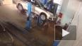 Жуткое видео из Астрахани: в автомастерской машина ...