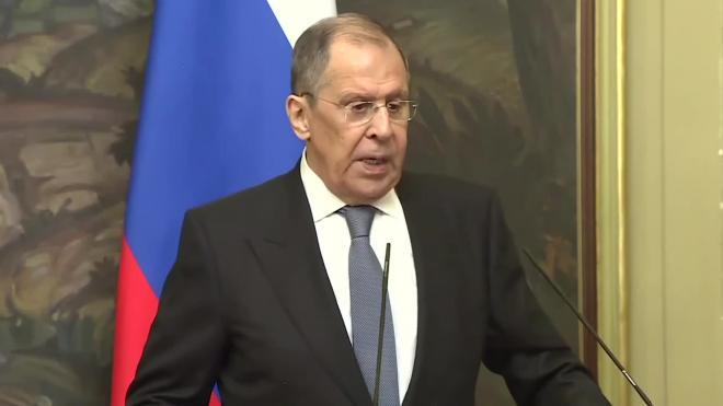 Лавров пообещал журналистам в 2021 году много работы из-за обстановки в мире