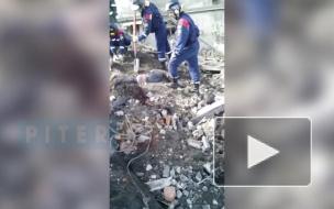 При обрушении стены в Волхове погибли двое рабочих