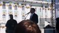 Беглов поздравил петербуржцев с 1 мая на Дворцовой ...