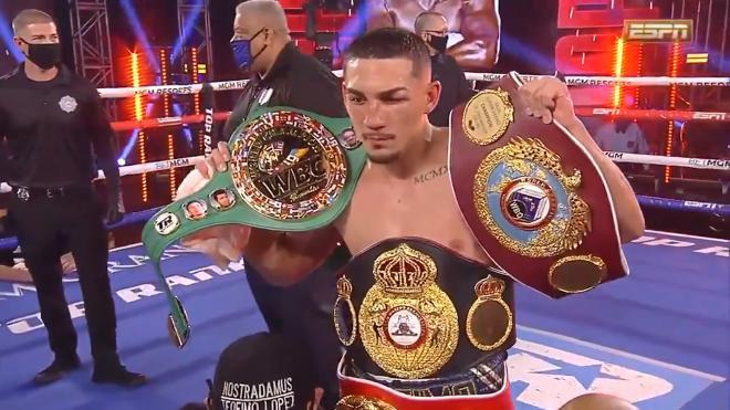 Лопес победил Ломаченко и стал абсолютным чемпионом мира