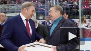 Чествование ветеранов отечественного хоккея на матче Швеция - Россия