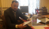"""По 3 часа в день: депутат ЗакСа предложил регистрироваться в соцсетях через """"Госуслуги"""""""